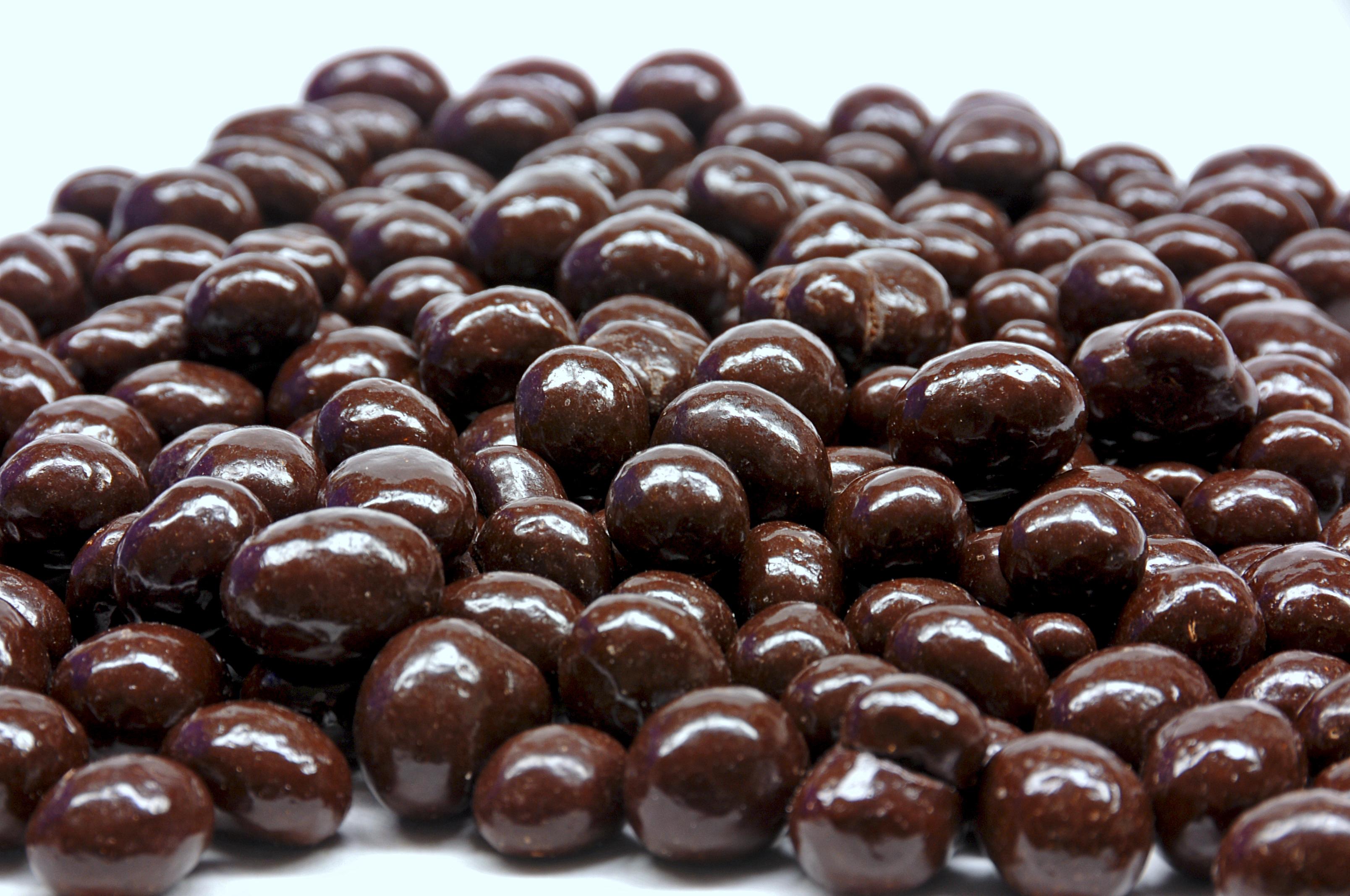 Dark Chocolate Coffee Beans - Taste of Amish