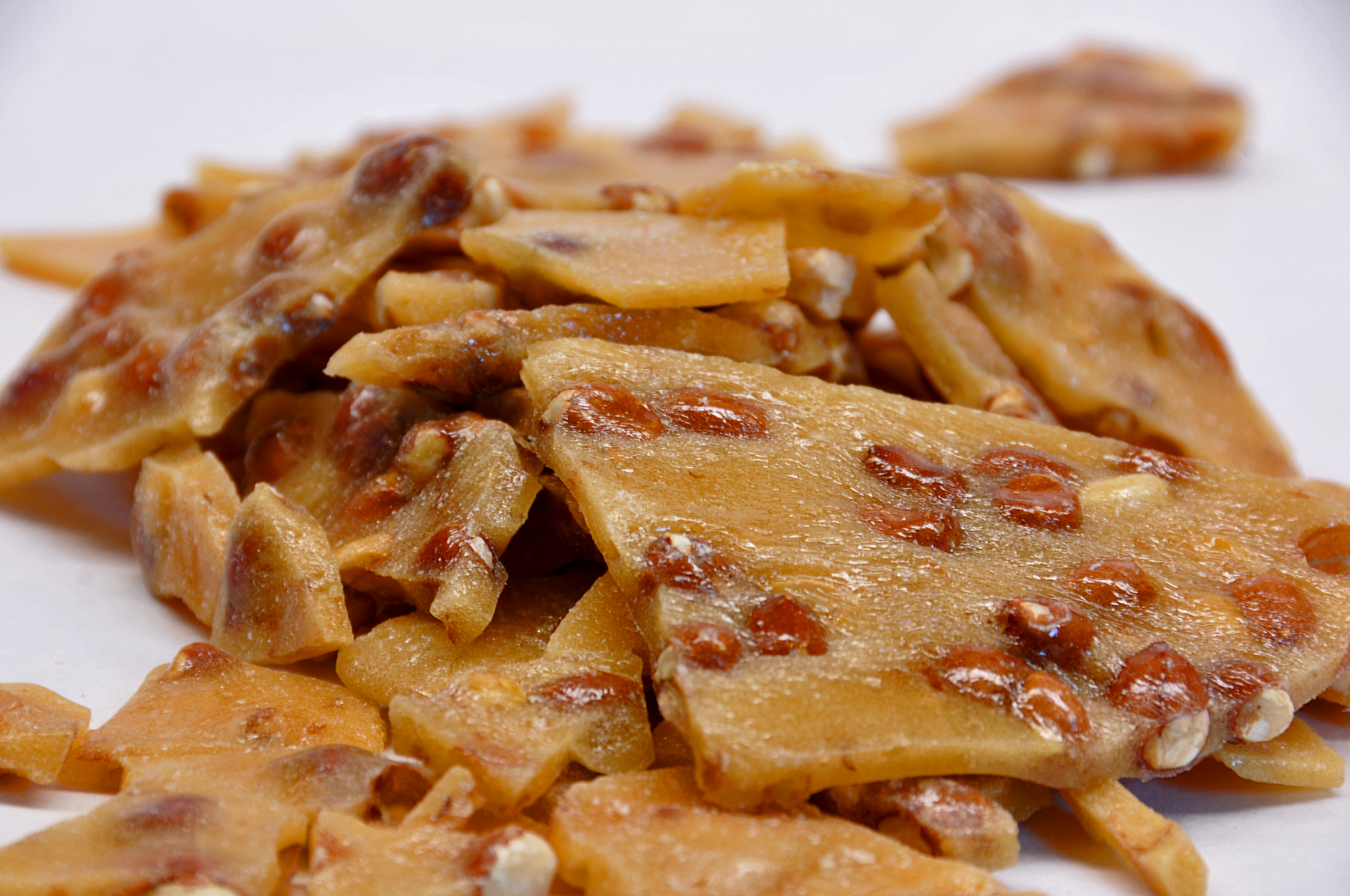 Peanut Brittle - Taste of Amish