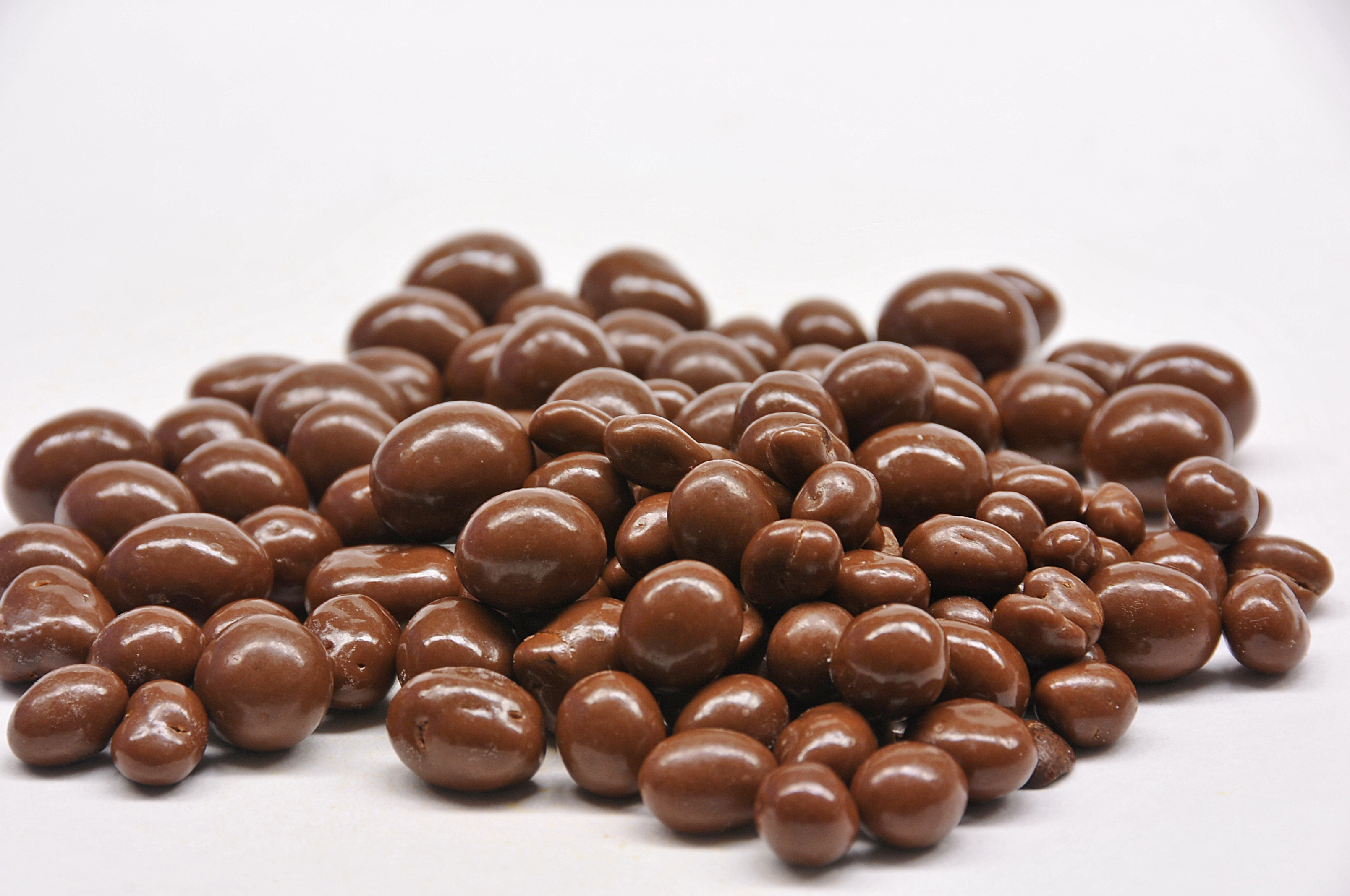 Milk Chocolate Covered Raisins - Taste of Amish